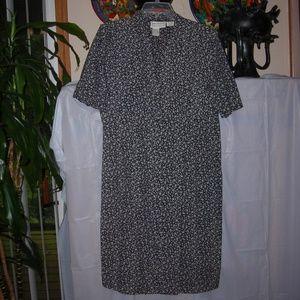 Ladies,dress,sz.L, Karin Stevens, button front
